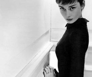 audrey hepburn, beautiful, and actress image