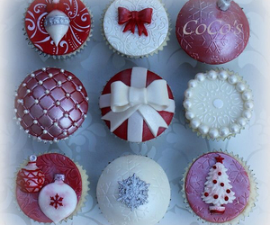 cupcakes, christmas, and winter image