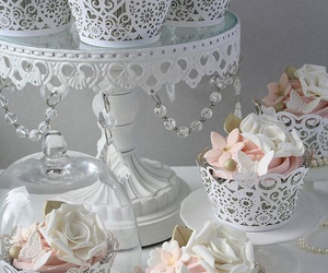 cupcake, wedding, and flowers image