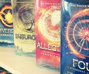 four, best books, and veronica roth image