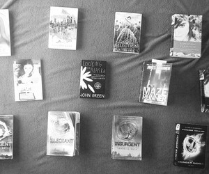 books, john green, and reading image