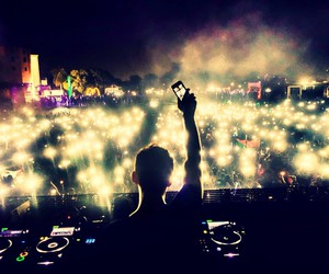 hardwell, dj, and lights image