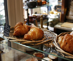 food and croissant image