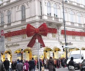austria, christmas, and red image