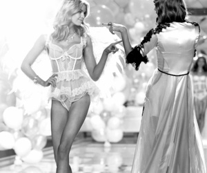 runway, Taylor Swift, and Victoria's Secret image