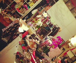 accesories, fashion, and flowers image