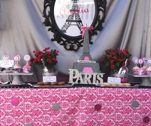 paris and party image