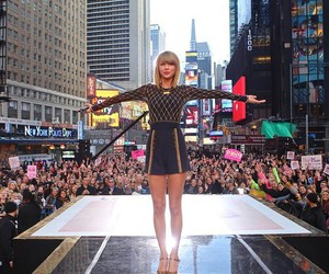 Taylor Swift, 1989, and good morning america image