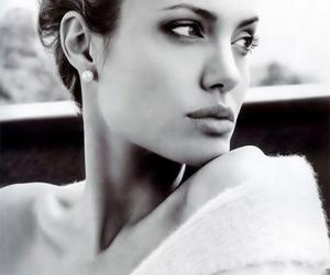 Angelina Jolie, angelina, and black and white image