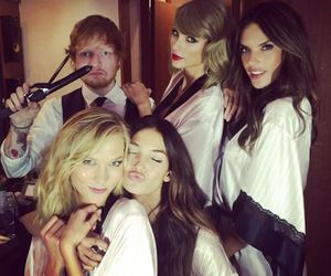 Taylor Swift, ed sheeran, and Karlie Kloss image