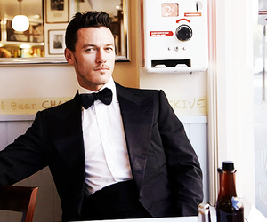 luke evans and suit image