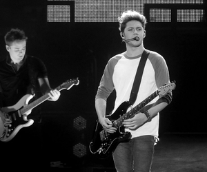 niall horan, one direction, and boy image