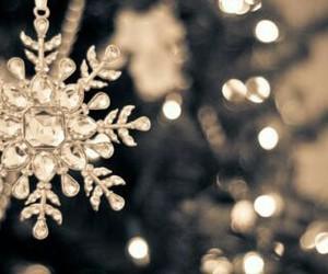 snowflake, christmas, and snow image
