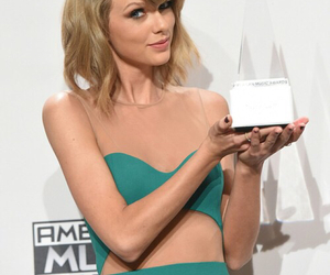 1989, Taylor Swift, and winner image