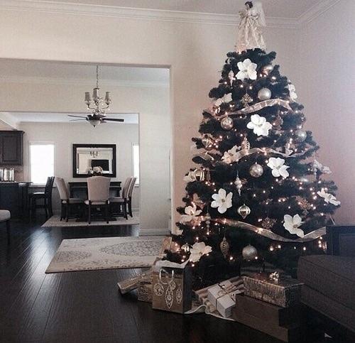 Christmas Tree Tumblr.Classy Fabulous Via Tumblr On We Heart It
