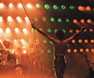 1979, Queen, and band image