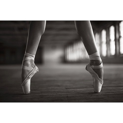 ballerina, pointeshoes, and ballet image