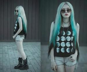 hair, grunge, and moon image