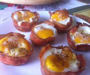 food, bacon, and eggs image