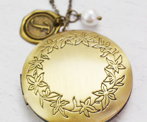 matching couple, best friend gift, and bridesmaid locket image