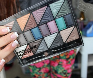 eye shadow, makeup, and tumblr image