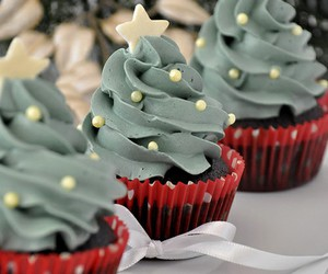 cupcake, christmas, and food image