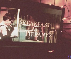 audrey hepburn, Breakfast at Tiffany's, and light image
