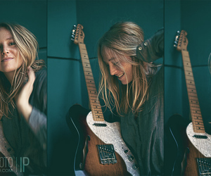 blonde and guitar image