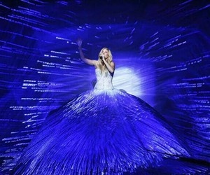 Ellie Goulding, music, and show image