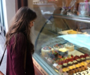 girl, food, and sweet image