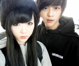 cute, ulzzang, and couple image
