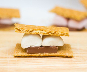 chocolate, marshmallows, and s'mores image