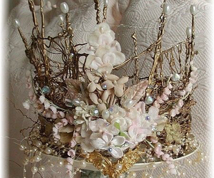 crown and flowers image