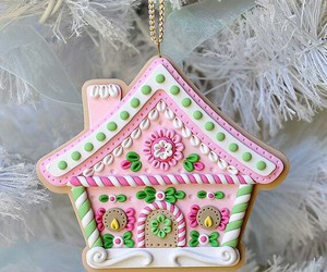 christmas, pretty, and gingerbread house image