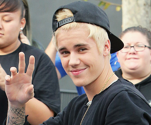 justin bieber and icon image