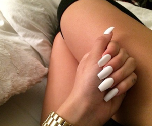 mani and nails image