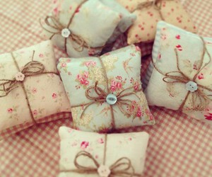 pastel, pretty, and scented pillows image