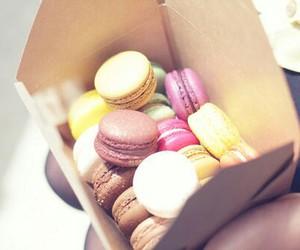food, macaroons, and dessert image
