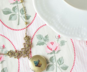 accessories, collar, and cupcake image