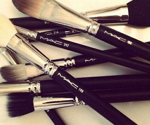 mac, Brushes, and makeup image