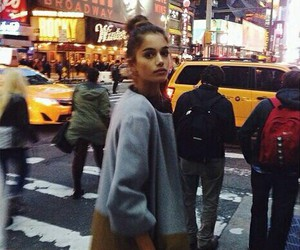 girl, new york, and style image