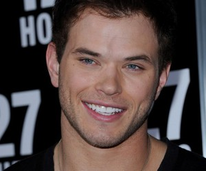 kellan lutz and kellanlutz image