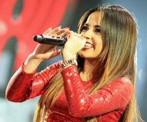 becky g and beasters image