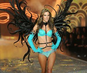 alessandra ambrosio, fashion, and Victoria's Secret image