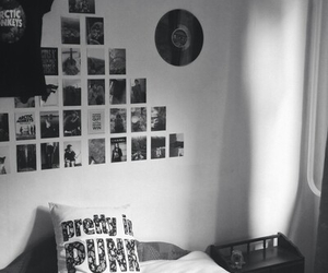 grunge, room, and punk image