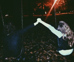 grunge, best friends, and girl image