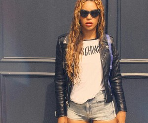 beyoncé, Moschino, and Queen image