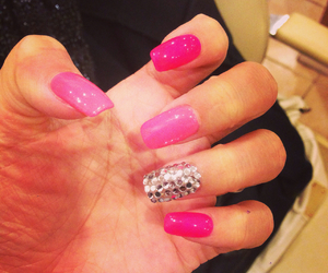 beauty, nail, and pink image