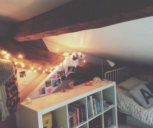 bedroom, comfy, and books image