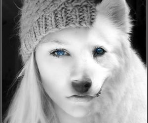 girl, ragazza, and wolf image